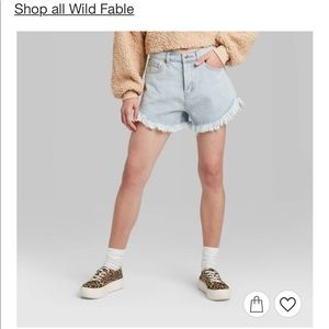 Wild Fable light wash shorts